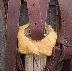 Cashel Ringmaster Cinch Protector Lammfell